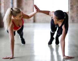 high-five-tijdens-training