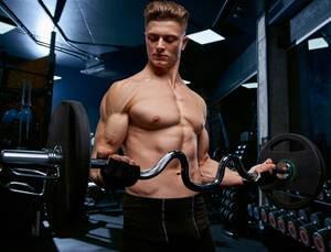 biceps-curl-stang
