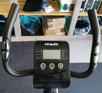 stuur-en-display-virtufit-hometrainer