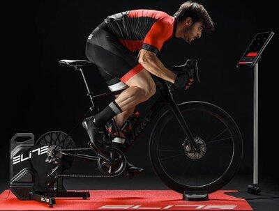 fietsen_op_elite_suito_t